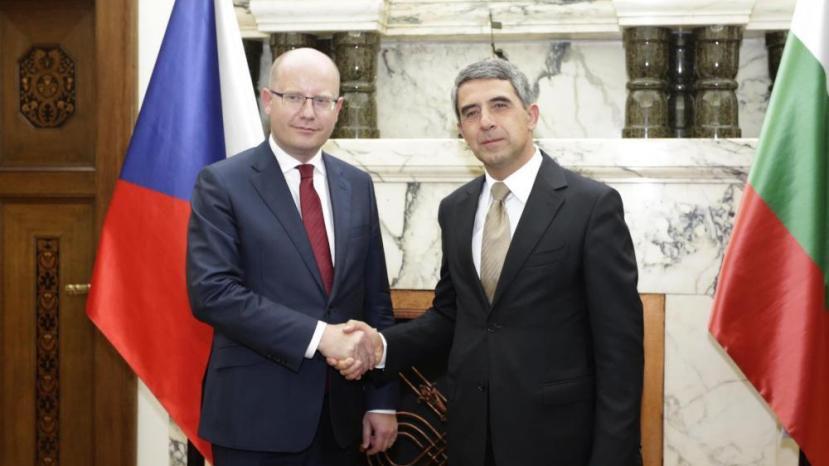 Президент Чехии: Нужно отыскать общеевропейское решение для борьбы сбеженцами