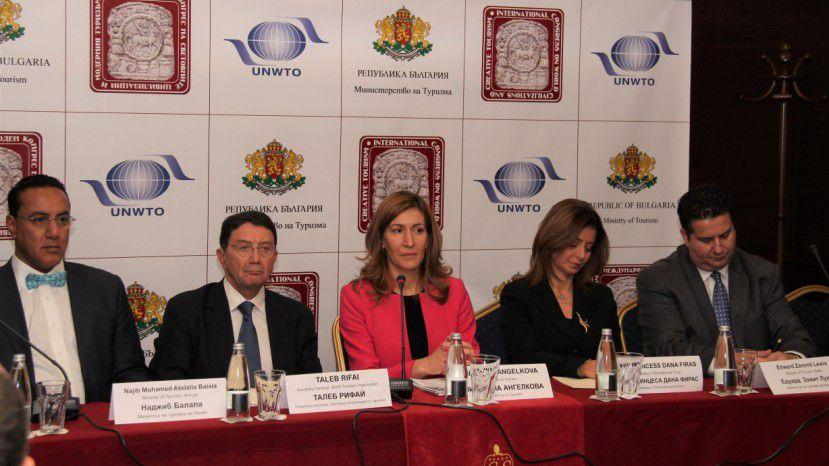 ВБолгарии впервый раз количество туристов превысит число граждан