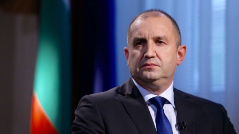 Болгарская журналистка овизите Радева вАзербайджан: «обсудятли оружие для ИГИЛ*?»