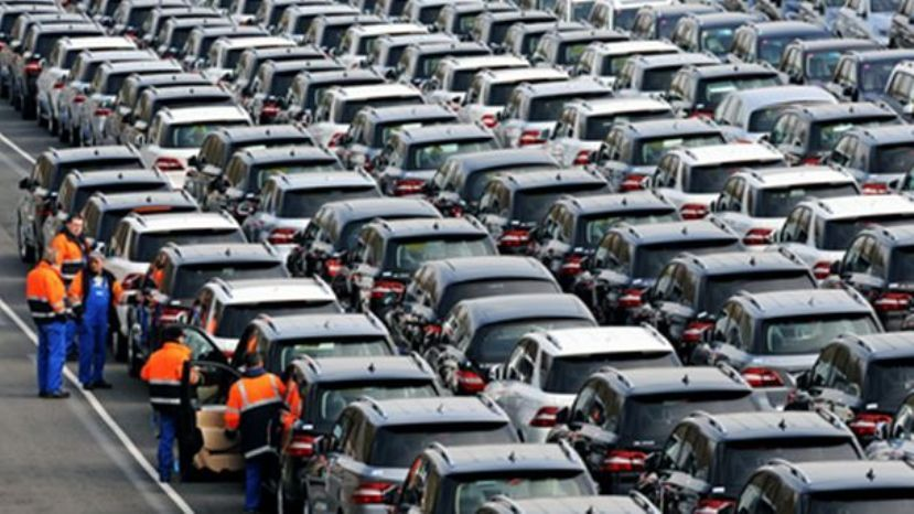 Европейский рынок автомобилей возобновил рост всередине осени