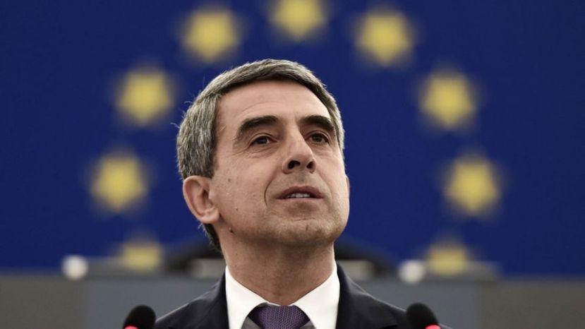 Президент Болгарии: Российская Федерация пробует расколоть Европу кибератаками