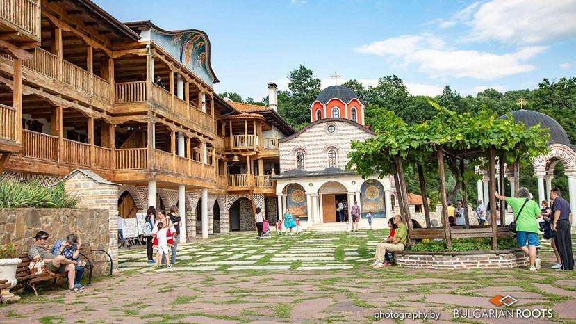Фестиваль у Гигинского монастыря
